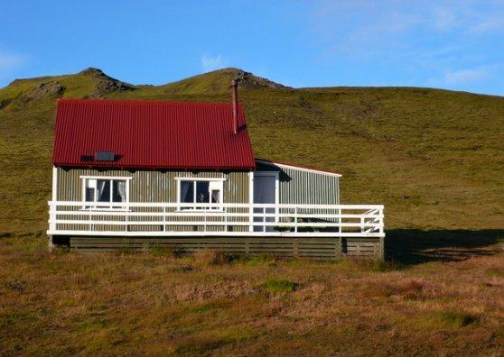 Travel Postcard - Iceland house