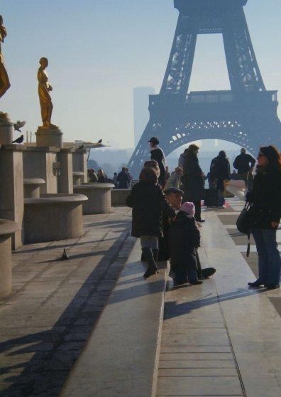 Travel Postcard - Eiffel Tower