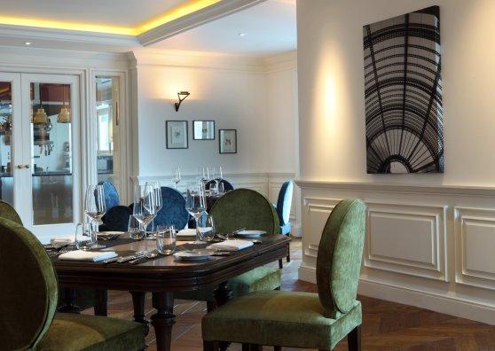 Travel Postcard - L'Appart French Restaurant