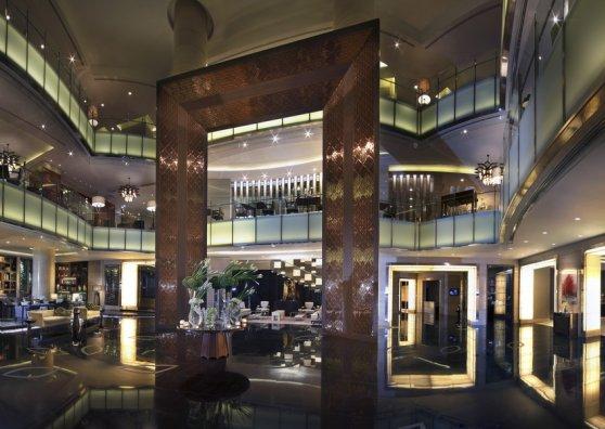 Travel Postcard - Hotel Sofitel Bangkok Sukhumvit - Lobby