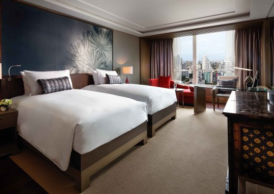 Travel Postcard - Luxury Room - Twin Bed