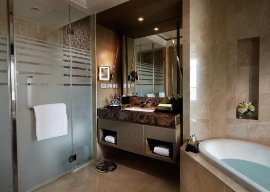 Travel Postcard - Luxury room - Bathroom